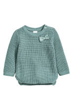 Jumper in a textured knit - Dusky green - Kids | H&M CN 1